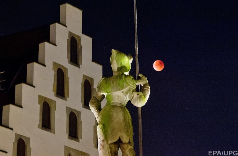 луна13