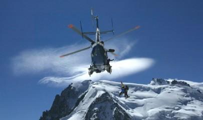 sept-alpinistes-certains-en-cours-d-ascension-d-autres-en-descente-ont-ete-retrouves-indemnes-non-loin-de-la-coulee-photo-le-dl-philippe-cortay_c