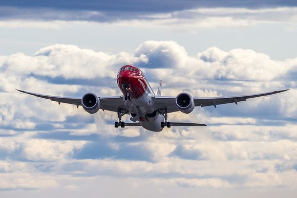 Norwegian-PR3000-LND-787-2764