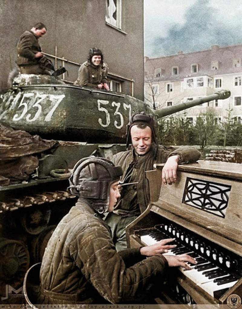 1468394050_wwii-colorized-33