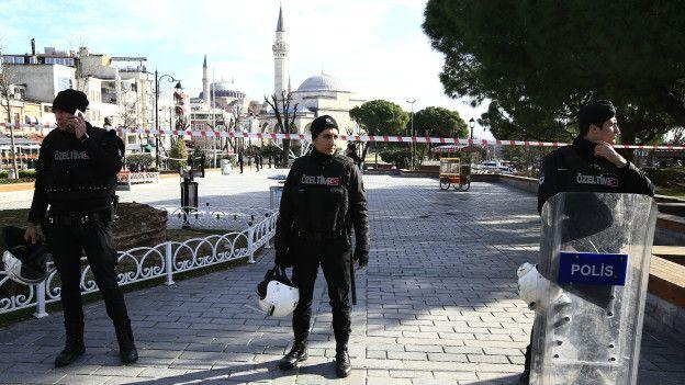 160112092856_turkey_sultanahmet_624x351_ap_nocredit