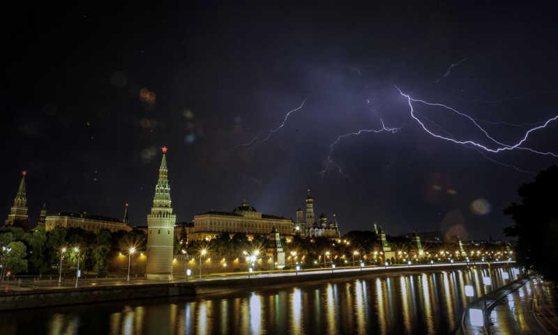 Картинки по запросу гроза в Москве - фото