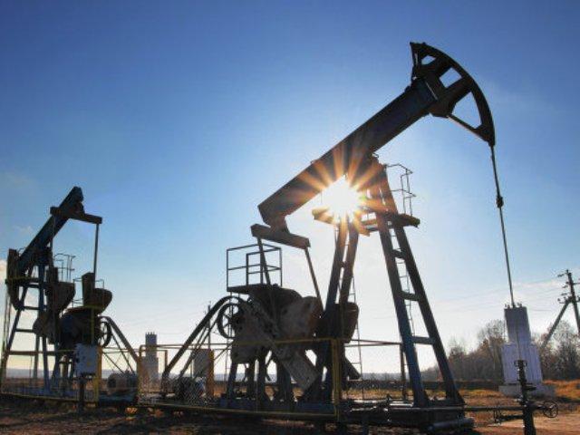 Саудовская Аравия вначале лета обогнала Российскую Федерацию всреднесуточной добыче нефти
