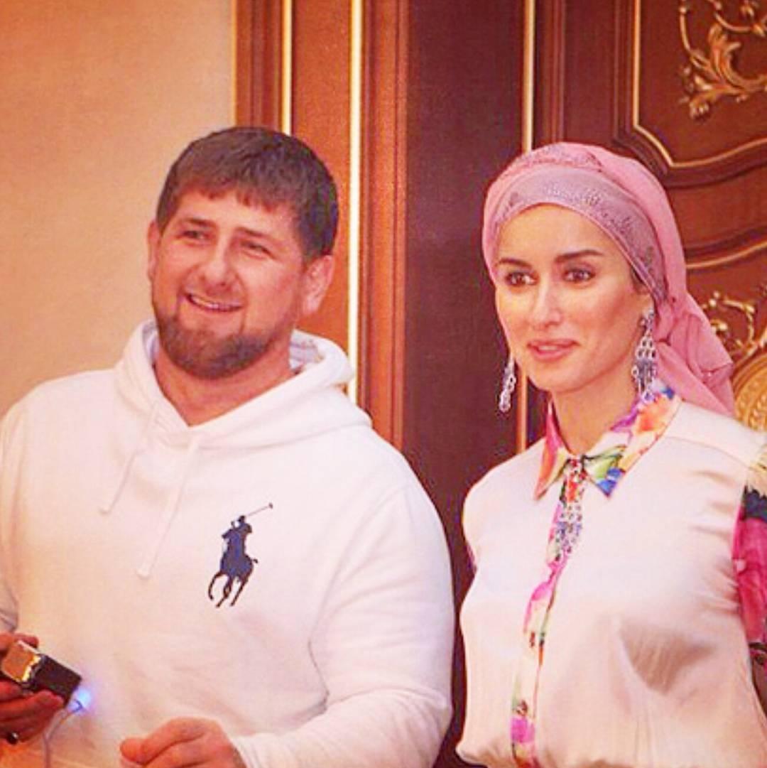 Рамзан и его девушки фото