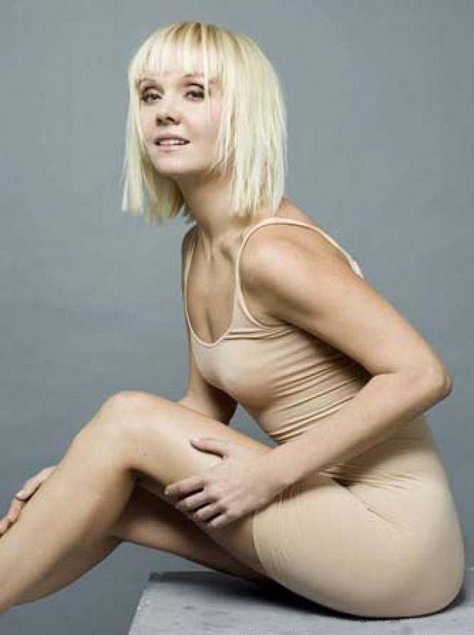 foto-pevits-golih-russkih