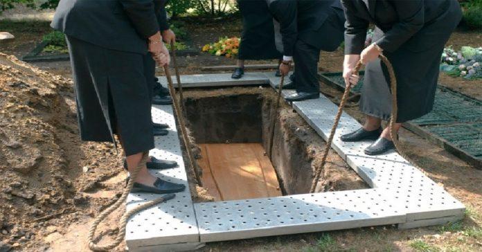 vot-pochemu-pokojnikov-xoronyat-na-2-metrovoj-glubine-1