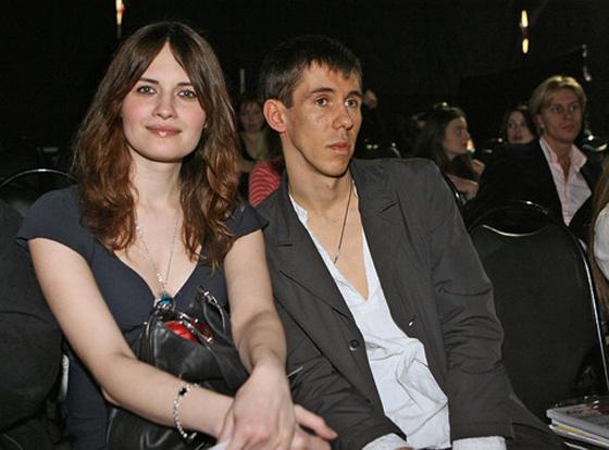 ITAR-TASS 139: MOSCOW, RUSSIA. APRIL 1. Actors Alexei Panin and Yuliya Yudintseva attend the Russian Fashion Week for Autumn/Winter 2007-2008 at the Central House of Artists. (Photo ITAR-TASS / Mikhail Fomichev) 139. Ðîññèÿ. Ìîñêâà. 1 àïðåëÿ. Àêòåðû Àëåêñåé Ïàíèí è Þëèÿ Þäèíöåâà íà Ðîññèéñêîé íåäåëå ìîäû (Russian Fashion Week ) ñåçîíà îñåíü-çèìà 2007-2008. Ôîòî ÈÒÀÐ-ÒÀÑÑ/ Ìèõàèë Ôîìè÷åâ