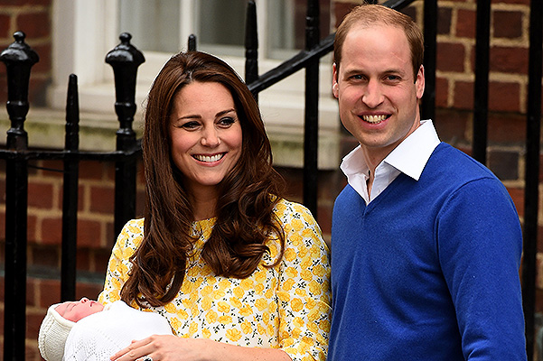 LONDON, ENGLAND - MAY 02:  Catherine, Duchess of Cambridge and Prince William, Duke of Cambridge leave The Lindo Wing of St Mary's Hospital with their newborn daughter on May 2, 2015 in London, England.  (Photo by Ian Gavan/Getty Images)