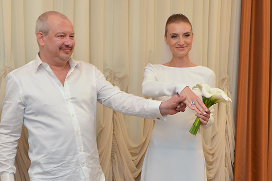 Приемная дочь дмитрия марьянова оказалась ему родной.