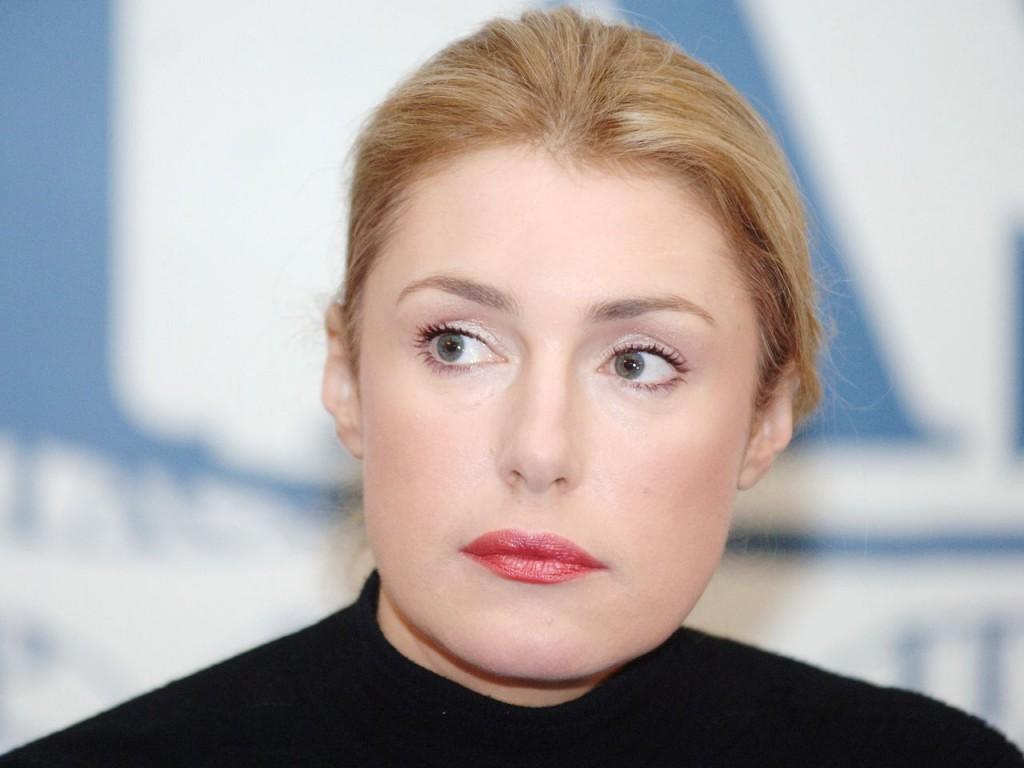 MOSCOW, RUSSIA. Actress Maria Shukshina appears at a news conference on the presentation of the film Mika and Alfred. (Photo ITAR-TASS / Grigory Sysoyev)  Ðîññèÿ. Ìîñêâà. Àêòðèñà Ìàðèÿ Øóêøèíà âî âðåìÿ ïðåññ-êîíôåðåíöèè ïî ïîâîäó ïðåçåíòàöèè ôèëüìà «Ìèêà è Àëüôðåä». Ôîòî ÈÒÀÐ-ÒÀÑÑ/ Ãðèãîðèé Ñûñîåâ