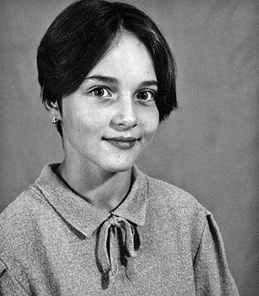 Anna-Snatkina-v-detstve