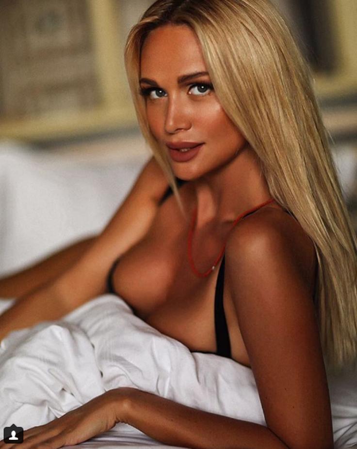 порно фото с олесей судзиловской