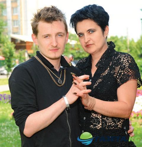 bitve-ekstrasensov-10-let-kak-shou-lomaet-zhizn-uchastnikov_1