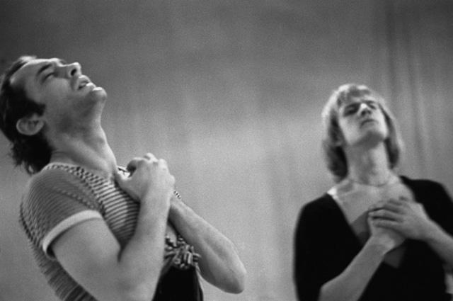 Артисты балета М.Л. Лавровский и А.Б. Годунов на репетиции