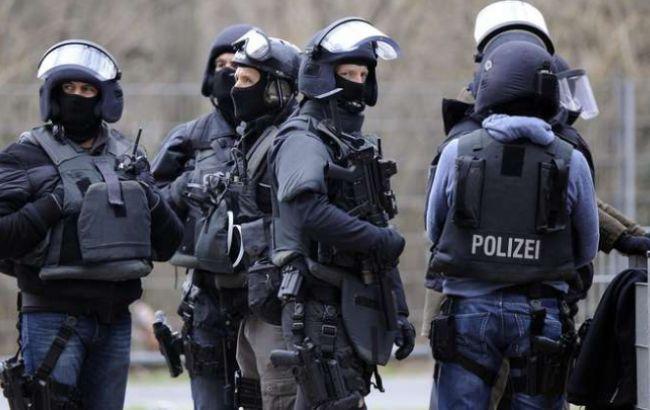 nemeckie_policeyskie_25537400_650x410