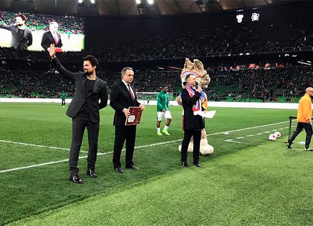 danila-kozlovskiy-stal-poslom-chempionata-mira-po-futbolu-2018_3