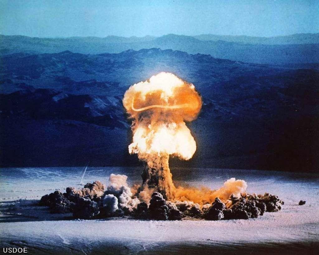 Атомний_вибух_1
