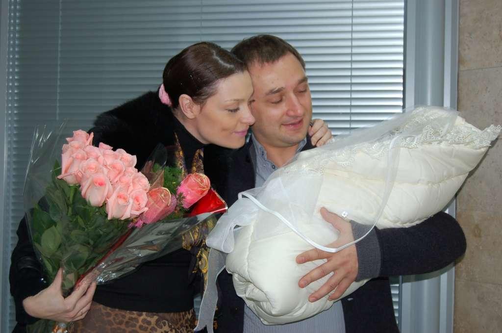 александр пряников с женой фото