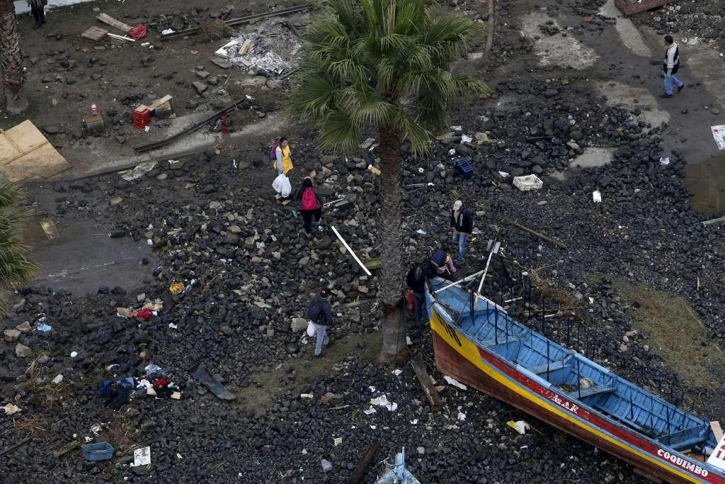 2015-09-18t171917z_1437540434_gf10000211403_rtrmadp_3_chile-quake