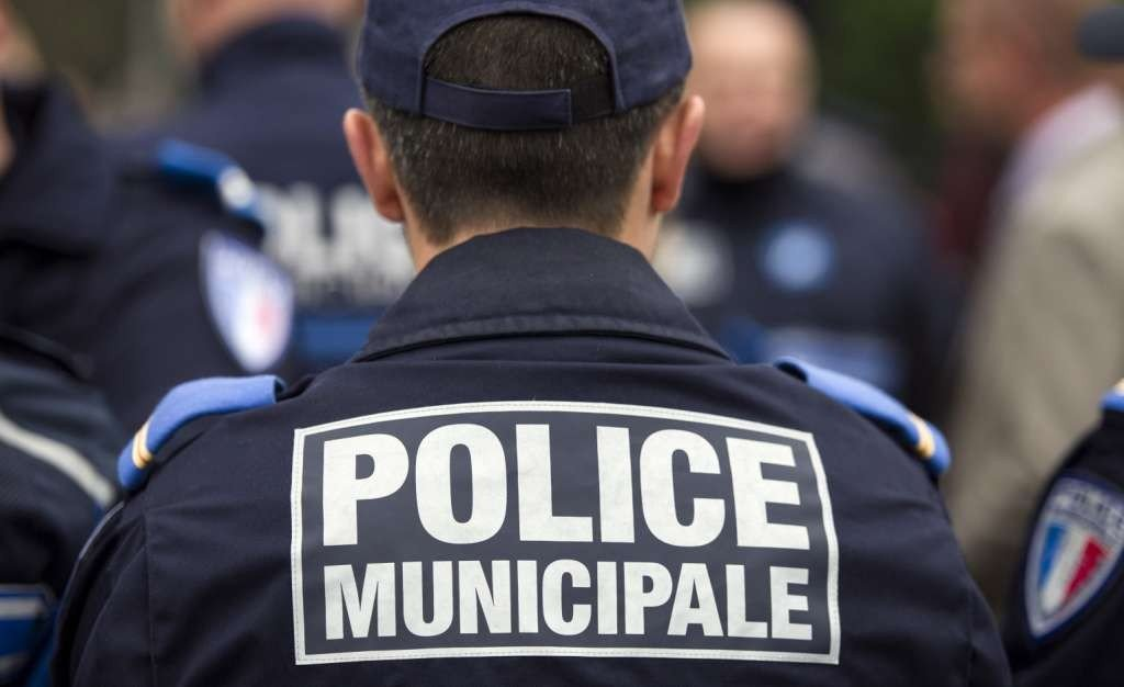 o-POLICE-FRANCE-facebook-e1483142973383