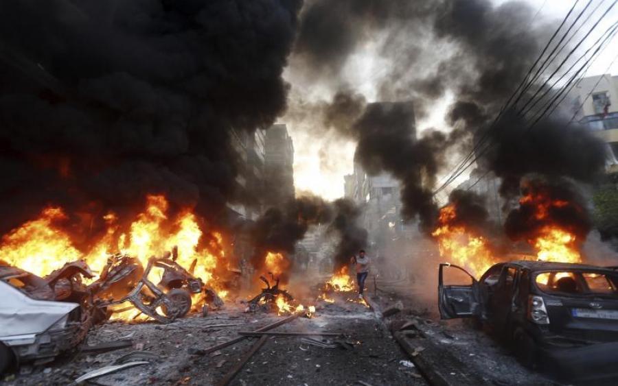 car-bomb-explosion-in-har-014