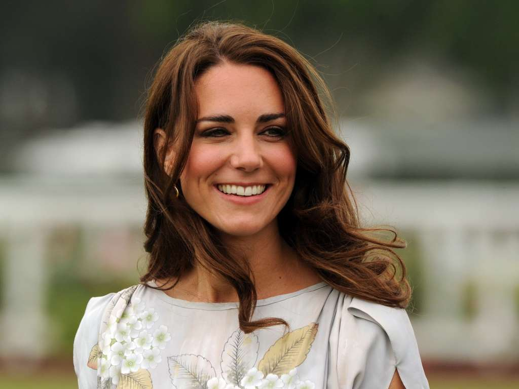 kate-middleton-smiling-face