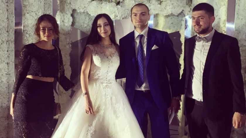 Пришел на свадьбу к любимой