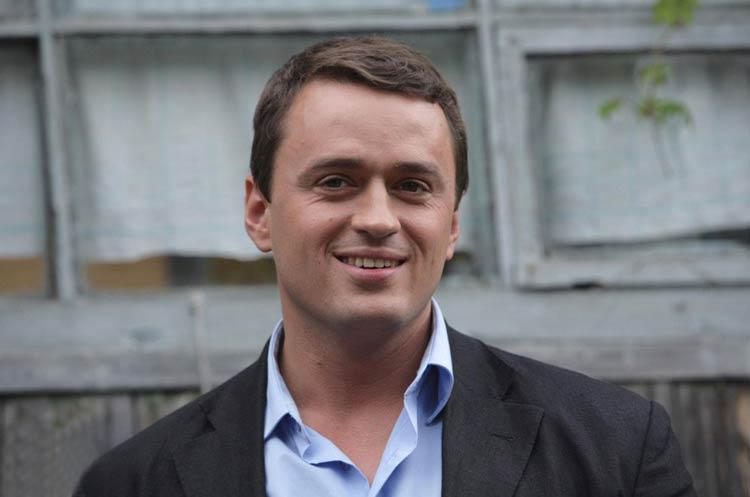 Никита Зверев актер